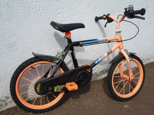 Boys Action Man Bike - Click for bigger picture