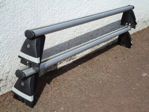 Roof Bars for Mk5 Vauxhall Astra - click for bigger picture